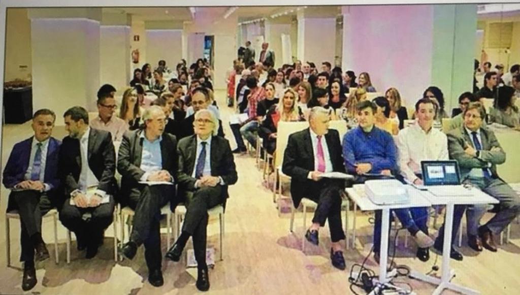 Presentació en societat de la Xarxa de Centres Innovadors de CECEIB. La Associació de Centres d'Ensenyament de les Illes Balears amb la col·laboració del Grup Anaya presentà dia 23 d'octubre la Xarxa de Centres Innovadors amb la presència del conseller d'Educació Martí March.